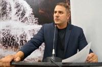 """Vereador quer mais segurança na porta das escolas com a implantação do programa """"Patrulheiro Amigo da Escola""""."""